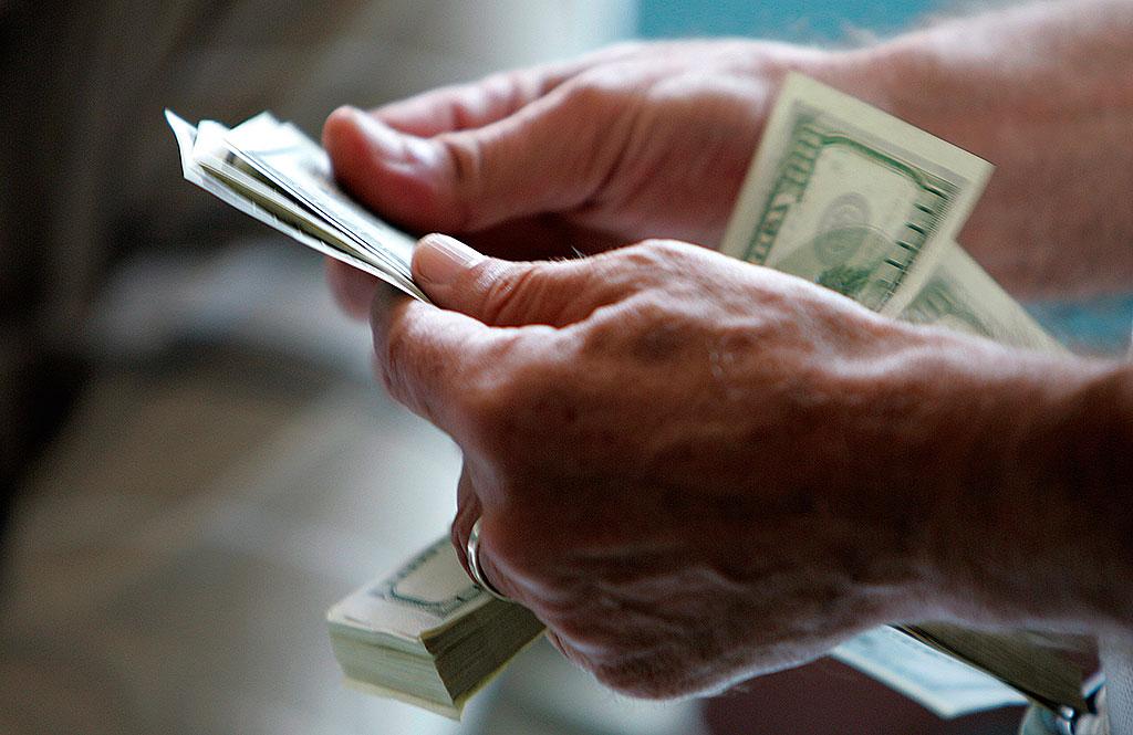 Ограничения электронных платежей выглядят разумнее, чем предполагали комментаторы