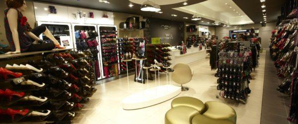 Мерчандайзинг в магазине одежды: как заставить посетителей покупать?