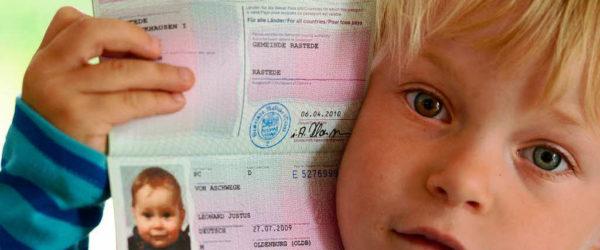 Проблемы ребенка на загранпаспорте