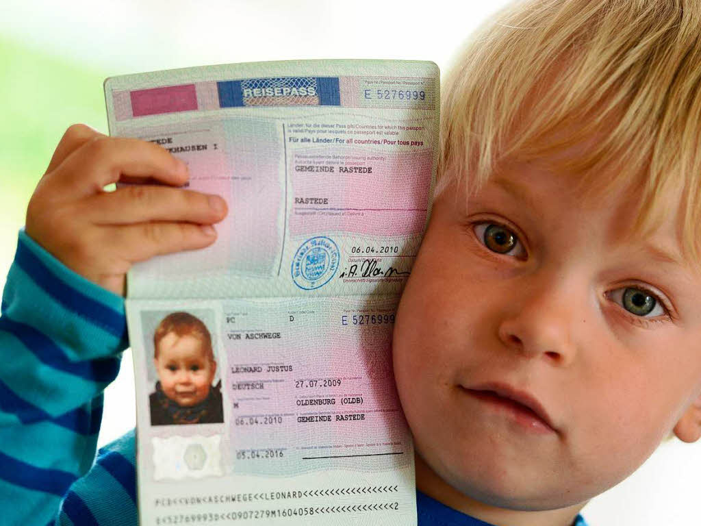 Советы по оформлению детского загранпаспорта