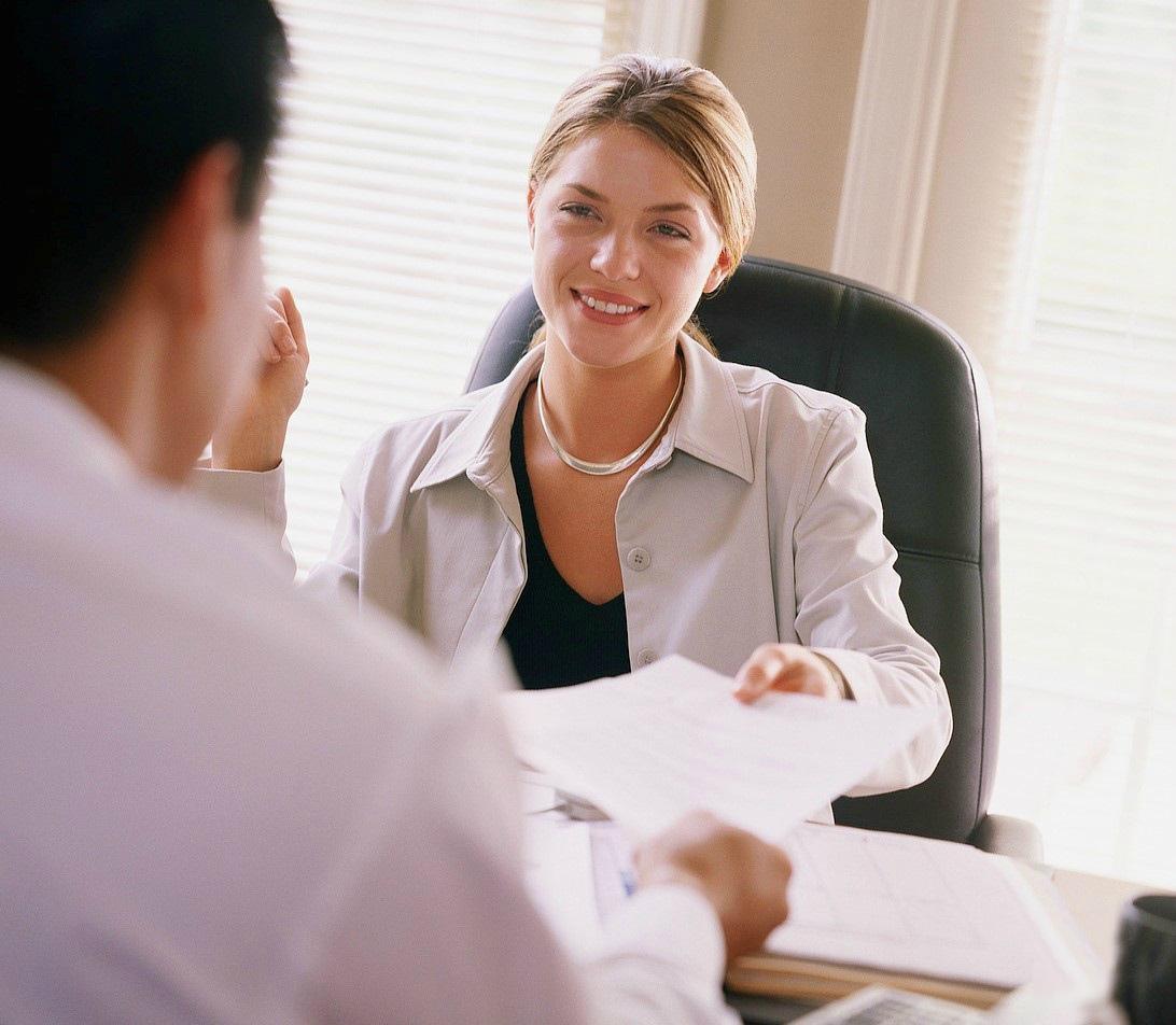 Выплаты при увольнении по соглашению сторон: перечень и расчёты