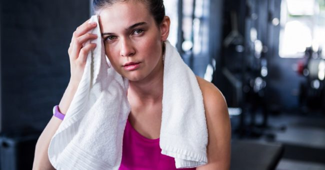 Девушка после тренировки