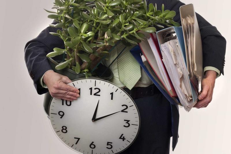 Увольнение работников в связи с ликвидацией компании необходимо проводить по всем правилам.