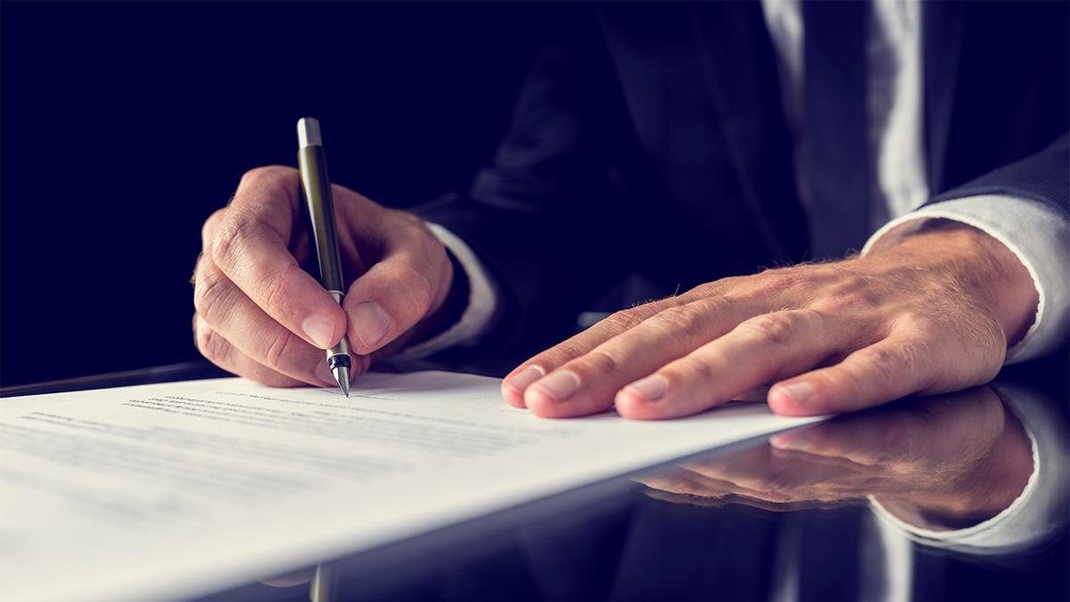 Перемена наименования юридического лица в 2017 году: как оформить принятое решения и внести изменения в юридические документы