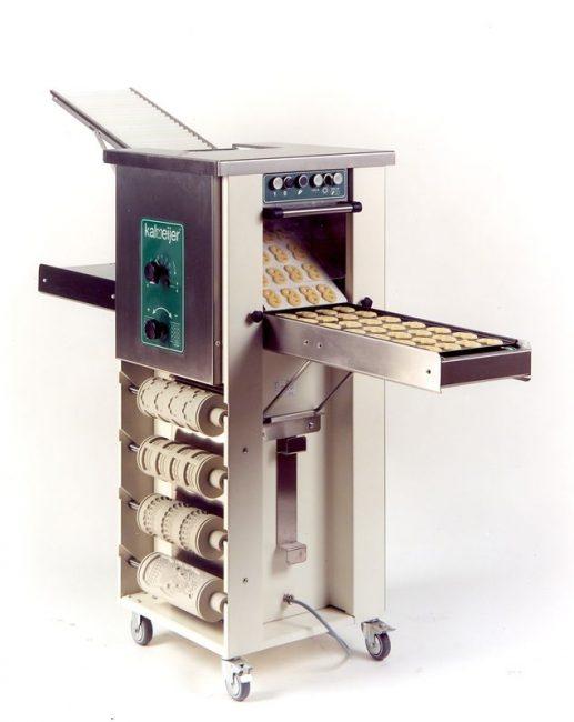 Машина по производству песочного печенья