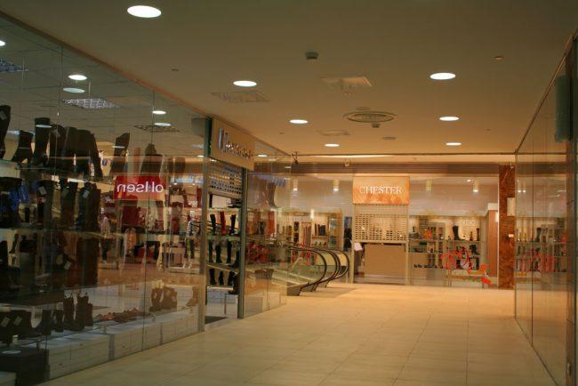 Торговый зал в торговом центре