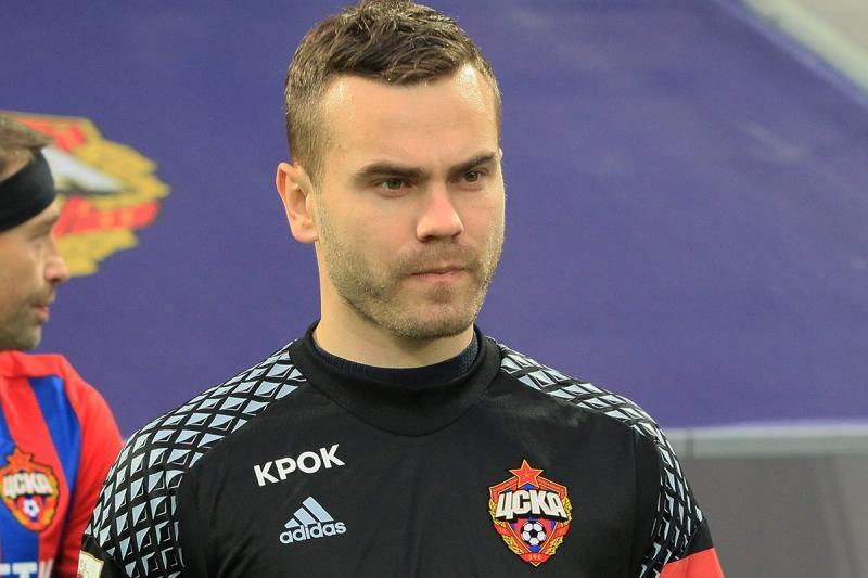 Бизнес футболистов: как зарабатывает вратарь сборной России Игорь Акинфеев