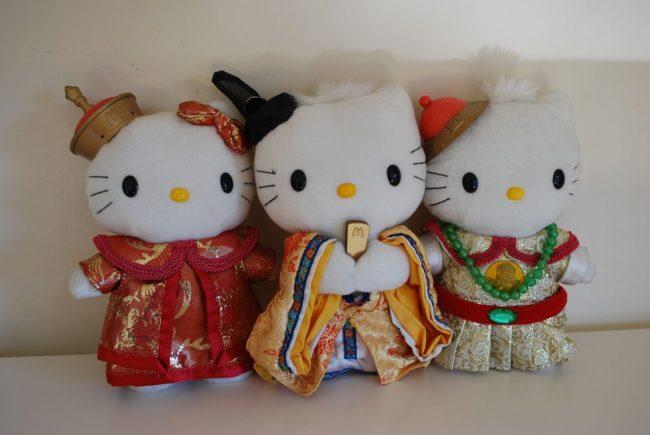 Игрушки Hello Kitty для промоакции McDonald's