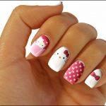 Маникюр Hello Kitty