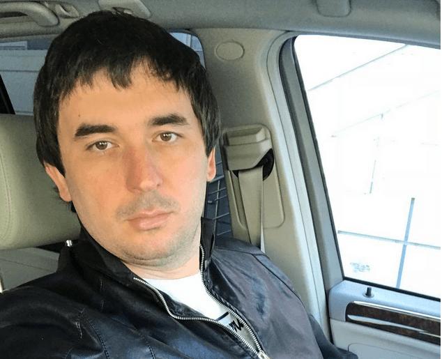 Андрей Шабарин за рулем