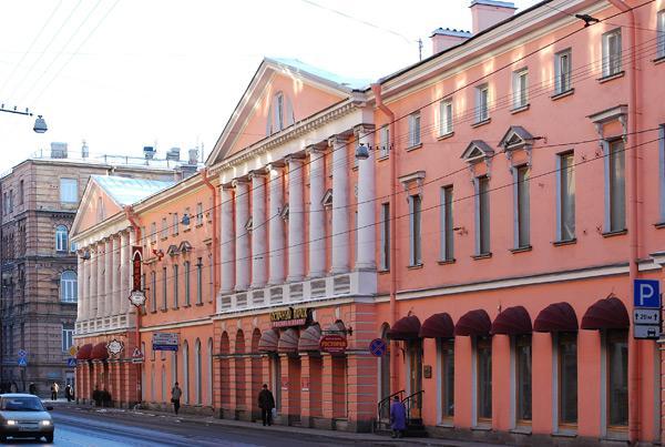 Здание Санкт-Петербургской валютной биржи