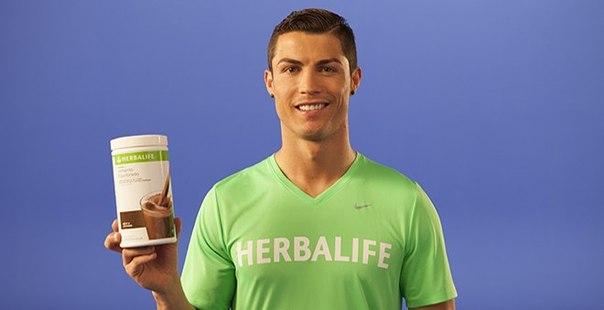 Роналду в рекламе Herbalife
