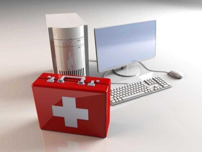 Изображение компьютера и аптечки