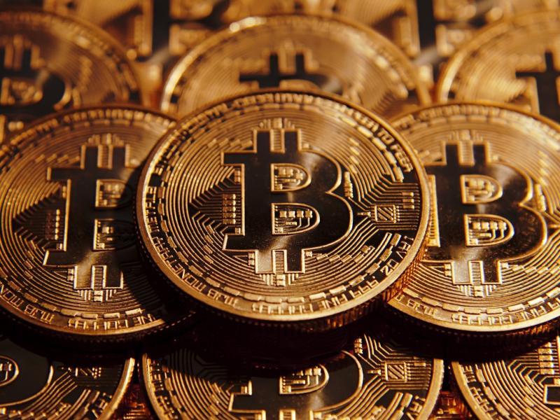 Зарабатывай не выходя из дома: 6 важных правил, которые помогут получить доход с криптовалюты