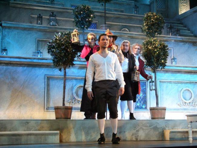Лазарев на театральной сцене