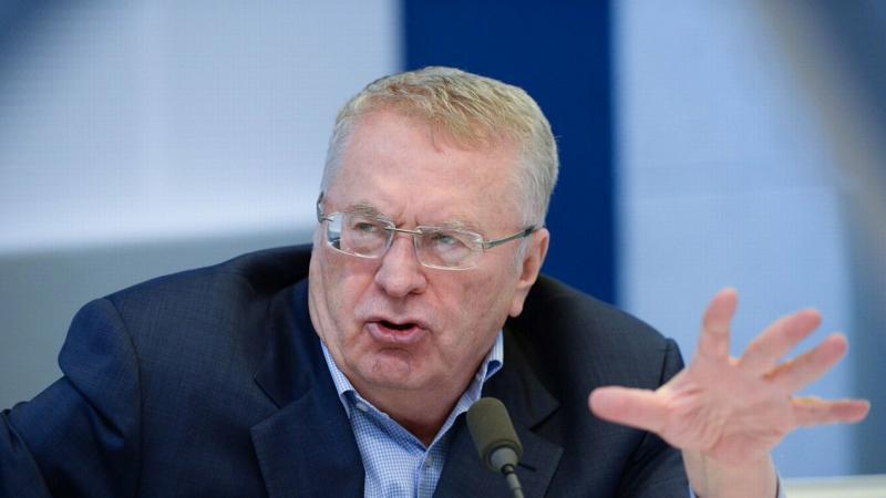 Владимир Жириновский предлагает ввести патент для самозанятых вместо налога
