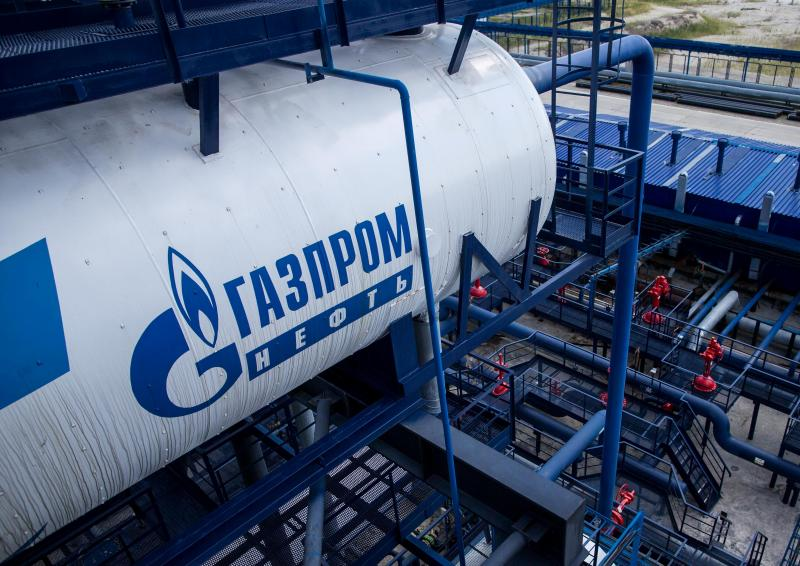 «Газпром нефть» — первая компания, которая заморозила цены на бензин
