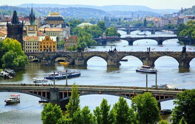 Чехия — одна из стран для заработка за границей