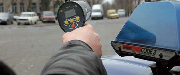 Замер скорости движения автомобиля на дороге