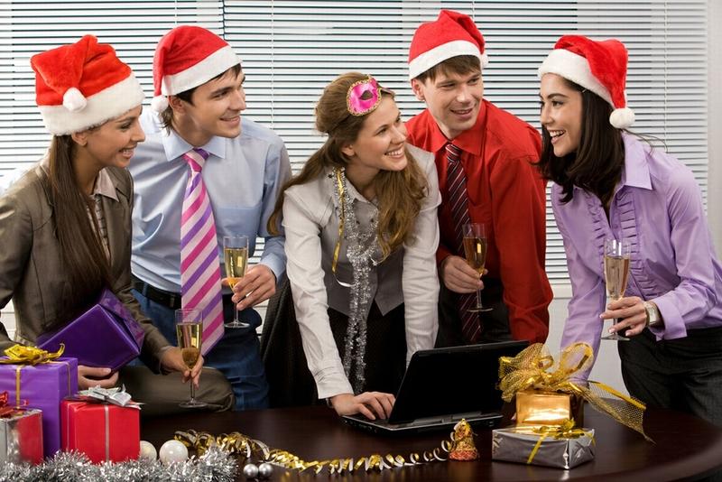 Более 50% работодателей не будут выдавать премии к Новому году