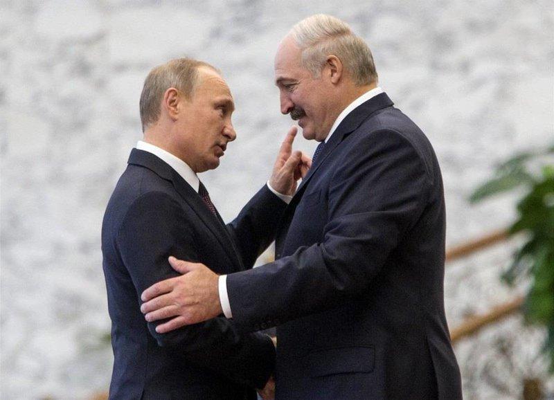 Путин и Лукашенко обсудили цены на газ