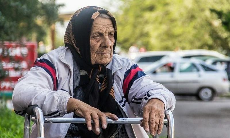 Пенсионеры, которые получат до 10668 рублей надбавки