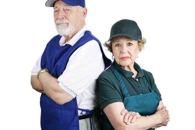 Пенсионеры в рабочей форме