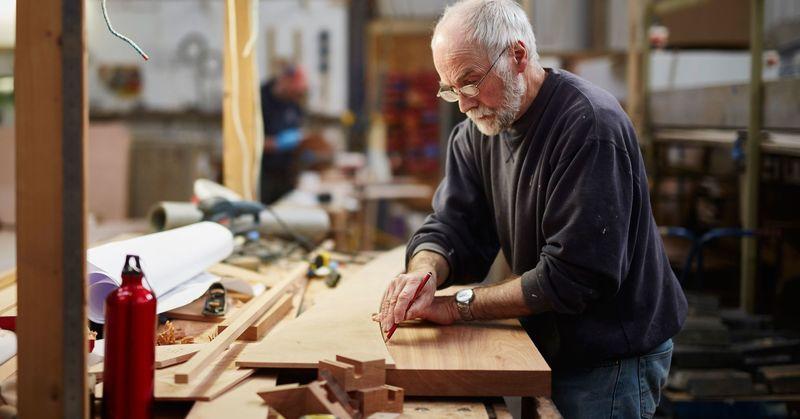 Более 50% россиян планируют работать после выхода на пенсию