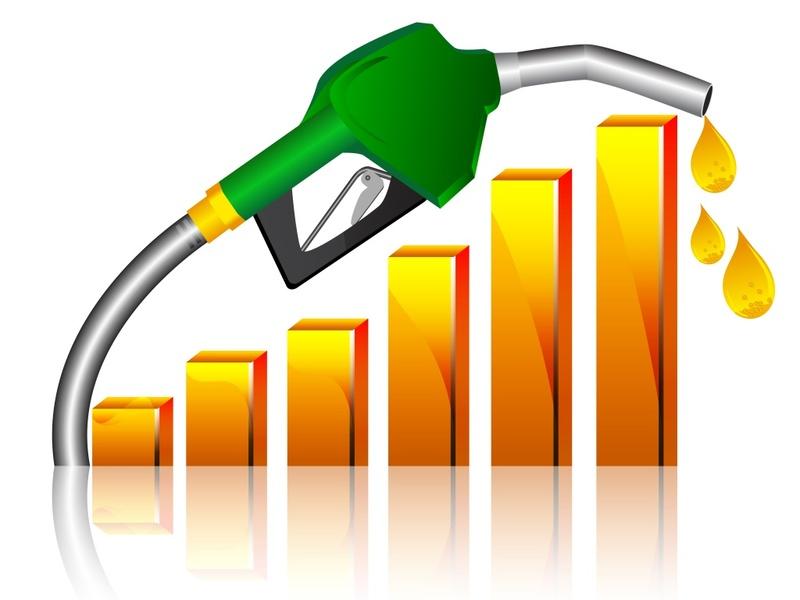 Козак: цены на бензин в России снижаться не будут