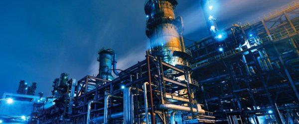 Правительство ожидает привлечения $40 млрд инвестиций в сферу нефтегазохимии