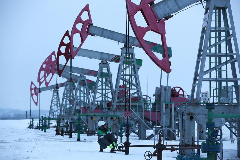 Средняя цена нефти марки Urals в марте выросла на 3,34%