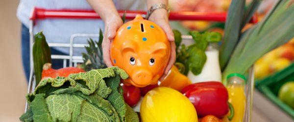 Сбербанк: рекордное число россиян экономят на продуктах питания