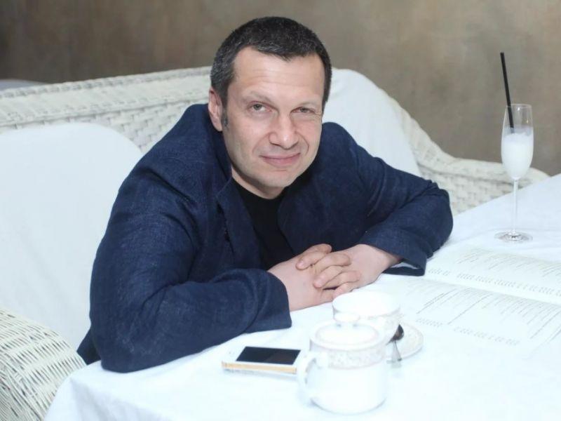 Сколько зарабатывает Владимир Соловьёв
