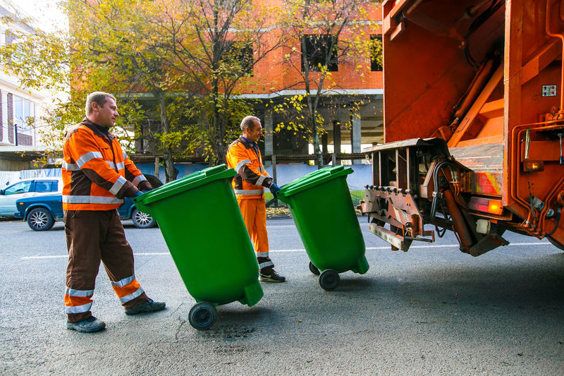Тарифы на вывоз мусора в некоторых регионах страны снизят на 14,5%
