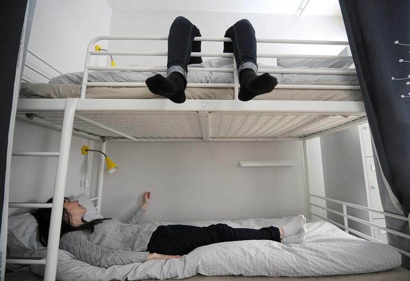 Закон о запрете хостелов в жилых домах вступит в силу 1 октября 2019 года