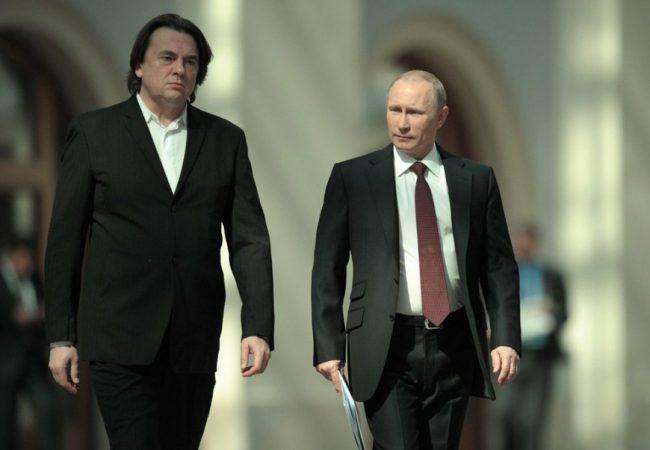 Константин Эрнст с Владимиром Путиным