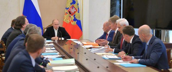К прямой линии с Путиным поступило более миллиона вопросов