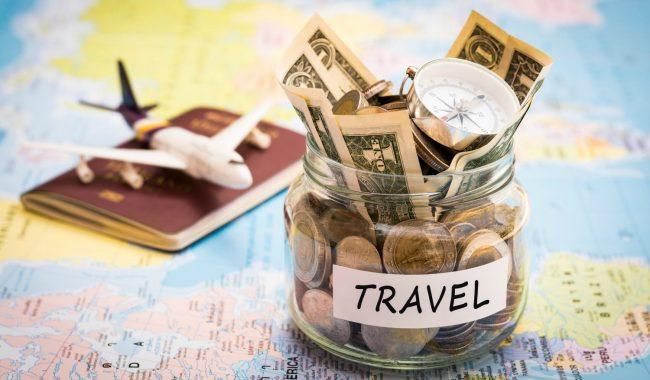 Деньги, карта и паспорт