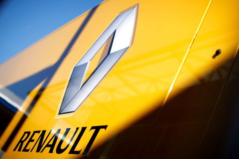 Renault решили поднять цены на все автомобили на российском рынке
