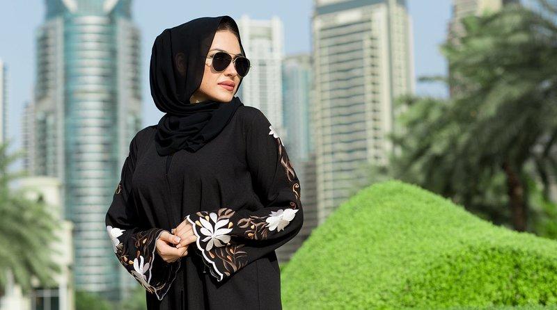 В Саудовской Аравии женщинам разрешили самостоятельно выезжать за границу