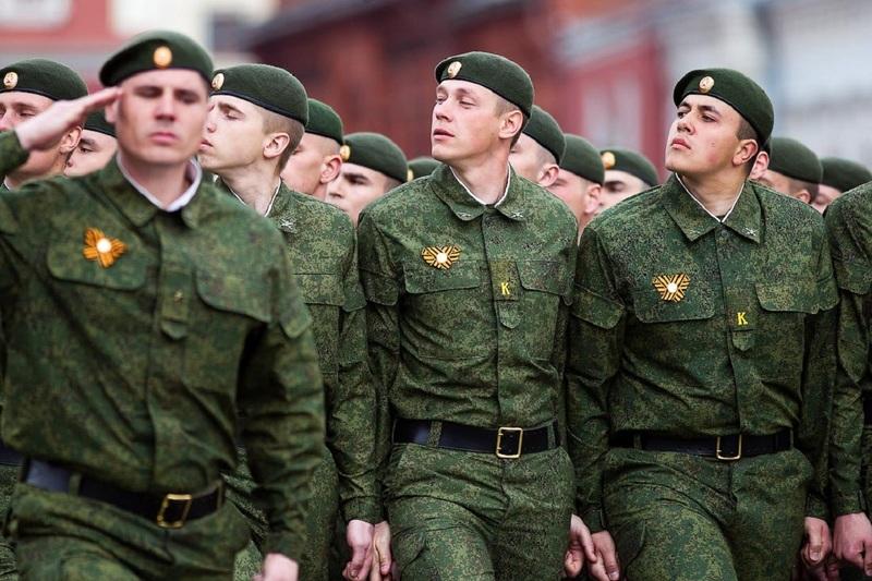 В России могут ввести наказания за продажу военной формы
