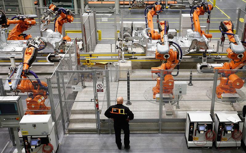 Каждый пятый работающий россиянин испугался своей замены роботом