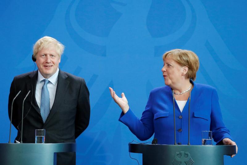 Меркель и Джонсон оценили возможность возвращения России в G8