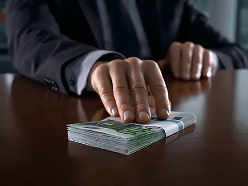 Прокуратура выявила более 4 тысяч коррупционеров за полгода