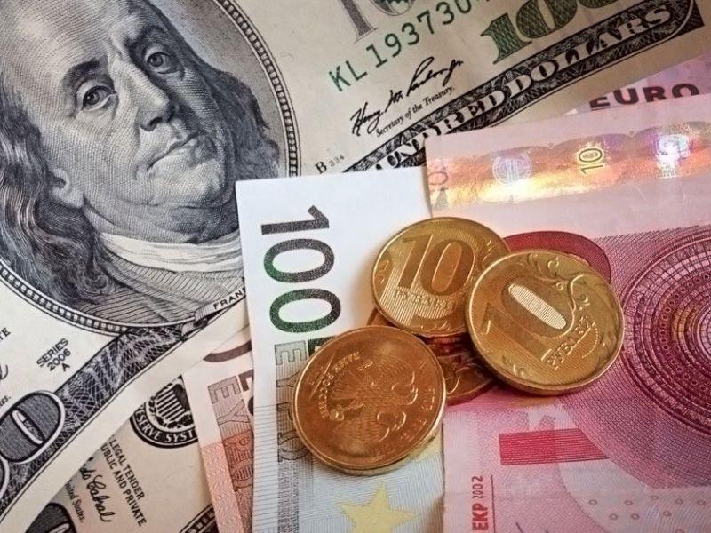 Курс доллара и евро в сентябре 2019: прогноз аналитиков