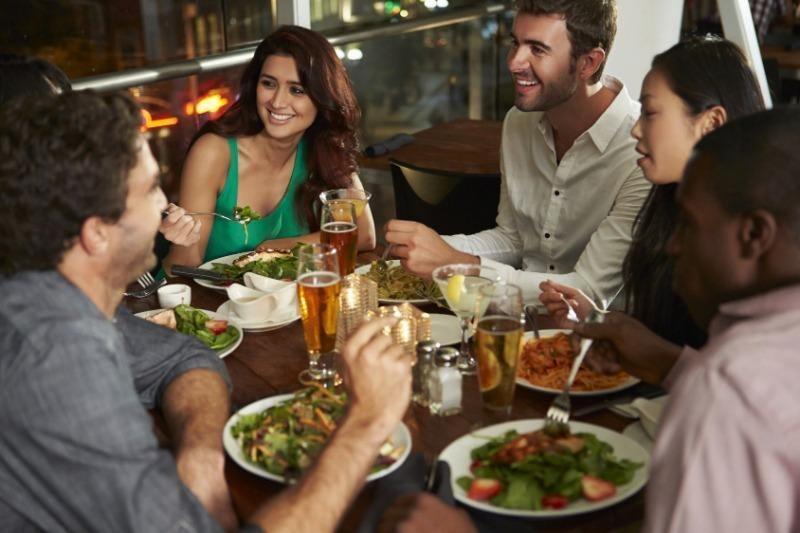 Как сэкономить в ресторане и получить удовольствие от еды
