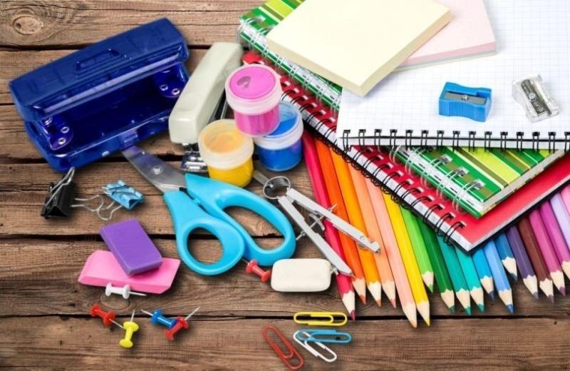 Не тратьте деньги зря: какие принадлежности не нужны школьникам