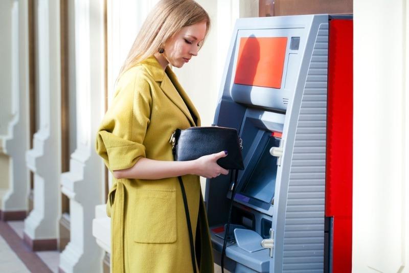 Банкомат не дал деньги: все решаемо, главное, не паниковать