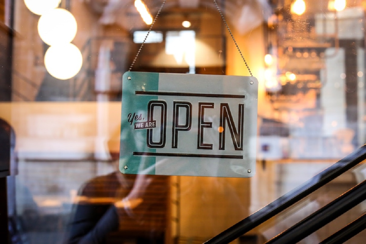 Как заработать в интернете, в деревне, на пенсии и не только: 40+ идей бизнеса