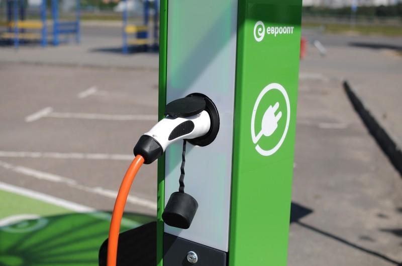 Владельцев электромобилей в Москве могут освободить от транспортного налога